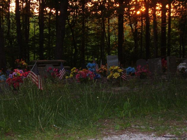 Coon Dog Cemetery, Cherokee, AL:  Click to enlarge.